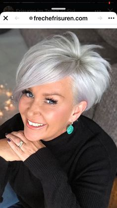 Short Silver Hair, Silver Blonde Hair, Short Thin Hair, Short Grey Hair, Short Hair With Layers, Short Hair Undercut, Thin Hair Haircuts, Short Hair Cuts For Women Over 40, Grey Hair With Bangs