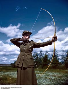 Beautiful Color Pictures of Canadian Women's Army Corps during The World War II.