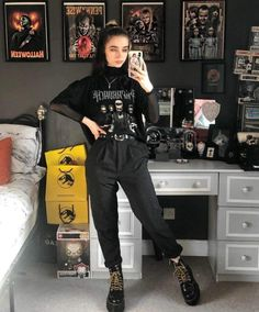 Rock Star Outfit, Rock Outfits, Edgy Outfits, Cute Outfits, Fashion Outfits, Aesthetic Grunge Outfit, Aesthetic Clothes, Alternative Outfits, Alternative Fashion