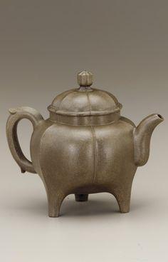 Chinese Art | Yixing ware fluted three-legged teapot | F1939.65a-b