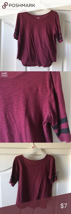 Old Navy Varsity Tee Maroon and black short sleeves varsity tee. Worn twice! In great condition. Cute colors and style! It can fit a small, it's a tad on the shorter side for my taste, about waist length. Old Navy Tops Tees - Short Sleeve