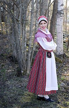Huittinen Folk Clothing, Folk Costume, Traditional Outfits, Vintage Outfits, Culture, Finland, Embroidery, Beauty, Collection