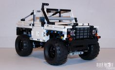 Custom Lego Technic Land-Rover Defender 90