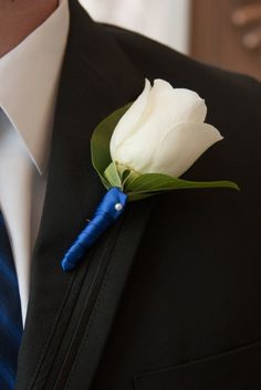 Trendy Flowers Blue And White Ribbons Prom Flowers, Wedding Table Flowers, White Wedding Bouquets, Corsage Wedding, Blue Wedding, Fall Wedding, Dream Wedding, Blue Corsage, Church Wedding Decorations