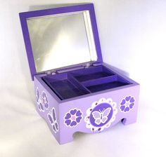 Melissa & Doug Hand Decorated Jewelry Box Mirror Tray Soft Interior 6.5 Inches