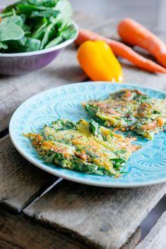 Einfache und schnelle Low Carb Gemüsepuffer mit Möhren und Zucchini