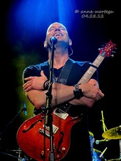 Vertical Horizon Live in Manila Vertical Horizon, Composers, Music Bands, Singers, Eye Candy, Men, Singer, Bands