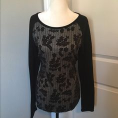 Cute long sleeve top Very cute jersey tee with lace print bodice and back sleeves. Very cute and comfy. Cotton/poly/spandex blend. Old Navy Tops Tees - Long Sleeve