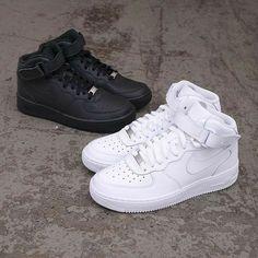Nike Air Force Ones, Nike Shoes Air Force, Cute Nike Shoes, Cute Nikes, Sneakers Mode, Sneakers Fashion, Shoes Sneakers, Fashion Sandals, White Sneakers