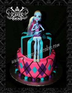 @Jill Bruno   I want u to make this for alexis if we are down there on her b day :). Monster High cake
