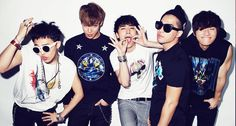 Big Bang is a South Korean boy band formed by YG Entertainment. Leader G-Dragon, T.O.P, Taeyang, Daesung, and Seungri officially debuted as a five-member group on August 19, 2006. DEBUT VS NOW G-Dragon (25) T.O.P (26) Taeyang (26) Daesung (25) Seungri (23)