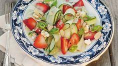 Salade de concombre et fraise.