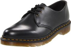 Zapato derby para hombre #Zapatos #Calzado #zapatoderby #modahombre #Outfit #men #hombre #derby #fashion #style #man #tallasgrandes