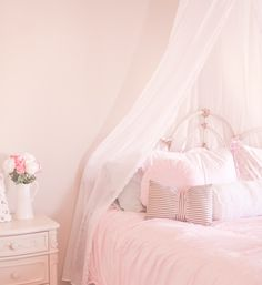 Must-Haves For A Beautiful Feminine Bedroom