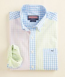 Sandy Point Gingham Tucker Party Shirt view more browse more images Sandy Point Gingham Tucker Party Shirt Preppy Men, Preppy Style, My Style, Preppy Outfits, Cool Outfits, Vineyard Vines Mens Shirts, Cool Shirts, Casual Shirts, Moda Casual