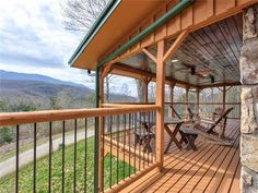Smoky Mountains Cabins, Balcony Deck, Ski And Snowboard, Lawn And Garden, Rental Property, Mountain View, Game Room, Tub, Sleep