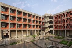 Gallery - Institute of Engineering and Technology – Ahmedabad University / vir.mueller architects - 12