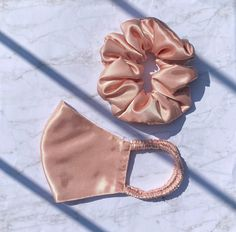 Blush Roses, Blush Pink, Mode Turban, Hair Rubber Bands, Layers Design, Fashion Face Mask, Sewing Techniques, Mask Design, Scrunchies
