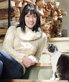 Paget Brewster and her cat, Chauncey.