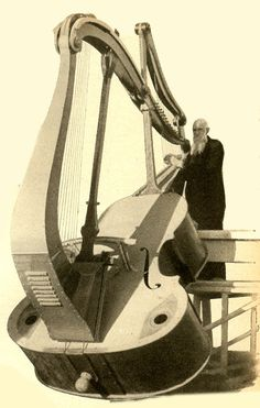 Arthur Ferris Harp Bass. I NEED THIS!