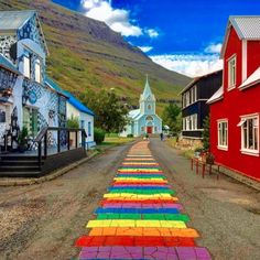 Meet the town that greets you if you come to Iceland with M/S Norröna (Smyrilline cruise ship) from Europe! Seyðisfjörður is a beautiful and calm fishing village in far east of Iceland, known for it's natural surroundings, calming mountains, waterfalls and now colorful walk path representing equality for all human beings 💚💜💙💛 There is also a famous dive site, the El Grillo ship wreck, situated on 30 meter ocean depth in the fjord! You can read all about on our website 😉⠀ ⠀ Photo by…