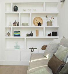 Brilliant Built In Shelves Ideas for Living Room 38