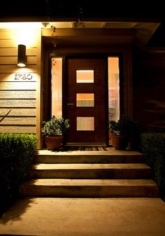 Mid Century Modern Front Door Lighting Ideas For 2019 House Front Door, Mid Century Modern House, Modern Front Door, House Front, House Exterior, Entrance Doors, Modern Light Fixtures, Door Picture, Entry Doors