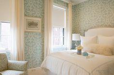 Обои в интерьере спальной комнаты | Идеи комбинирования в дизайне спальни на фото
