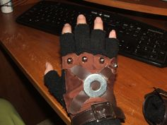 Steampunk pirate gloves by ~garrenn on deviantART Steampunk Gloves, Steampunk Pirate, Steampunk Fashion, The Time Machine, Cool Style, My Style, Dieselpunk, Clothing Items, Old World
