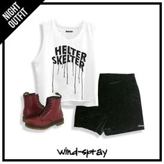 OUTFIT: Remera Francisca White Skelter + Short Palermo Night