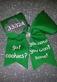 Ready to rock booth sales? Get your Girl Scout ready with a bow!