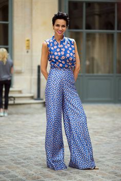 Use the exact same pattern in a larger or smaller scale. | 21 Ways To Mix Patterns Like A Fashion Blogger