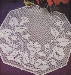 VINTAGE 50s FILET CROCHET PATTERN BOOK    Lily Filet Crochet Design Book  Lily Mills -- Copyright 1952    Mid-Century Filet Patterns in Every Shape    Vintage 1950s Doily Table Doilies Luncheon Set Place Mats Motif Patterns    Instruction Book Number 66