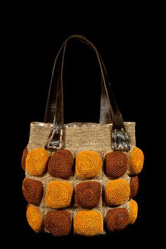 Lo♥e this crochet bag