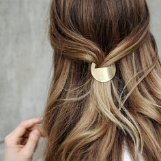 Minimal Geometric Hair Clip