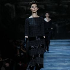 Marc Jacobs Fall/Winter 2015 Women's Collection #MarcJacobs, #fashion, #NYFW http://fashionstylesmag.com/2015/02/22/marc-jacobs-fallwinter-2015-womens-collection/