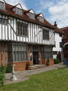15th century Tymperleys, Essex - Former home to William Gilbert, physician to Elizabeth I and the first person to coin the word 'electricity.'