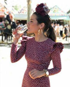 Trajes Spanish Fashion, Spanish Style, Colourful Outfits, Cool Outfits, Fashion Outfits, Dance Dresses, Summer Dresses, Flamenco Costume, Fiesta Outfit