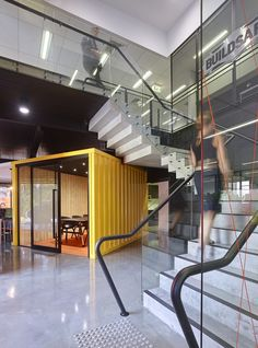 Buildsafe – Arundel Offices, Australia. Taking what would typically be a D&C office fitout to a standard that would be expected of an inner-city office, is no simple task.