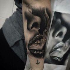 Tattoo portrait of smoking mouth - Tattoo vorlagen - Tattoo Best Sleeve Tattoos, Sleeve Tattoos For Women, Leg Tattoos, Body Art Tattoos, Tattoo Sleeves, Tattoo Arm, Women Sleeve, Tattoo Girls, Girl Tattoos