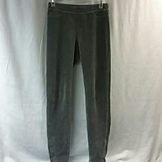 Sweatpants Very soft sweatpants a gray color HUE Pants Track Pants & Joggers