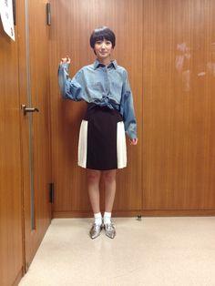 上川隆也さん 波瑠のA-diary TBSブログ Cute Socks, High Waisted Skirt, Normcore, Legs, Clothes, Woman, Style, Pictures, Shoes