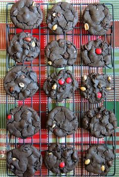 Dark Chocolate Holiday Nut Crunch Cookies for Christmas