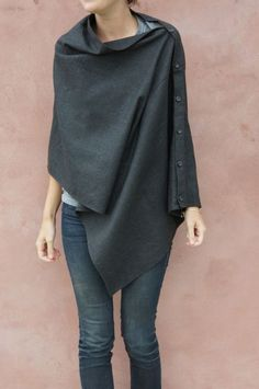 love. easy to make with any long rectangle of fabric or a pashmina or a wrap or anything like that!