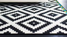 68 Best Ideas for bedroom black carpet stair runners Carpet Decor, Wall Carpet, Bedroom Carpet, Carpet Ideas, Stair Carpet, Carpets Online, Hallway Carpet Runners, Cheap Carpet Runners