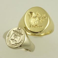 Boys and girls signet rings in white or yellow gold