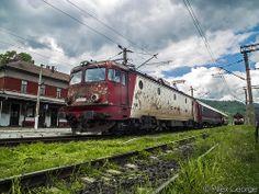 40-0565-6 cu R2026 în Petroşani by AllexSCV1, via Flickr