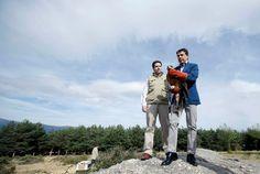 Ignacio González libera un águila Imperial en el Parque Nacional, realizando así, la suelta más importante de la legislatura