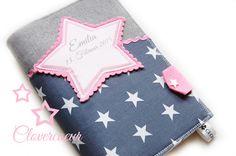 Für Mama - STERN ~ STAR ♥ 3 in 1 U-Heft Hülle ~ grau rosa - ein Designerstück… Baby Accessoires, Baby Kind, Couture, Coin Purse, Akm, Etsy, Purses, Sewing, Cover