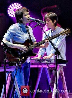 Tegan And Sara / Indie rock duo Tegan and Sara performing live at Massey Hall Read more at http://www.contactmusic.com/tegan-and-sara/pictures/986377#gWitxcJUI25Vd2Yp.99
